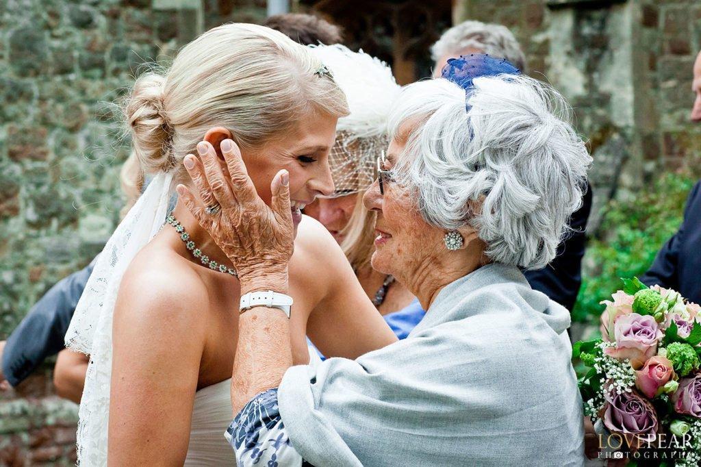 documentary wedding photography style